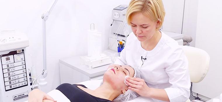 Лечение акне у косметолога ▷ Поверхностный гликолевый пилинг при угревой болезни