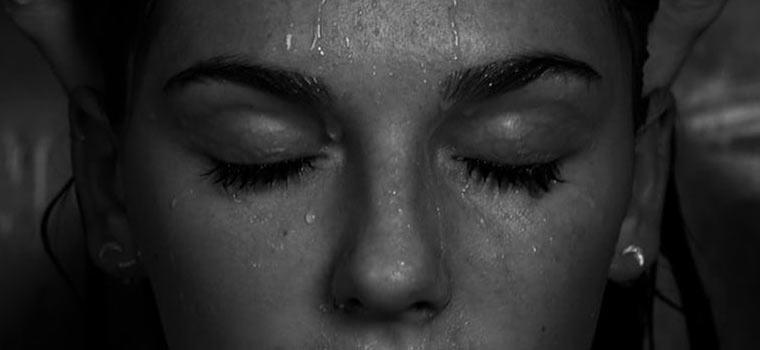 Очищение кожи лица ᐉ как умываться правильно
